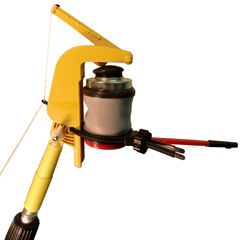 The Gotcha Sprayer Pro can also trigger our powder duster.  Perfect for wasp control.  Dust wasps and hornets